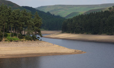 Country Diary : Howden Reservoir