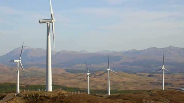 scotland-wind-farm-640x360